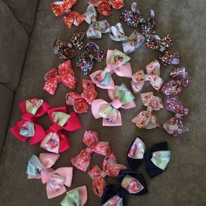 ❗️FIRM❗️Lot of 28 Girl's Brand New Bow Hair Clips